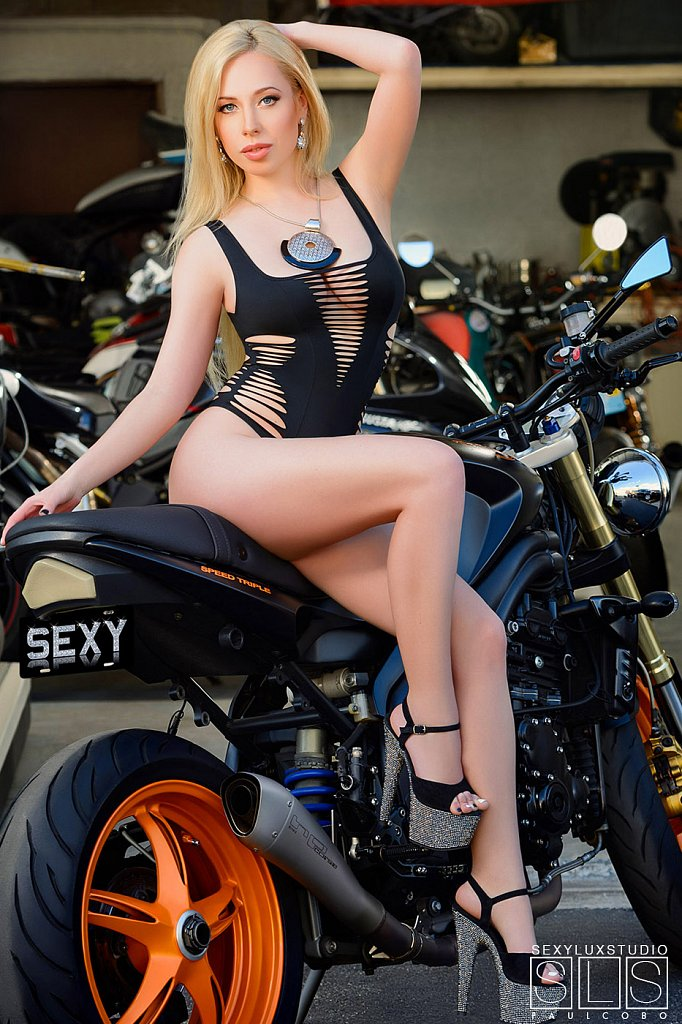 Motorcycle-Sexy.jpg