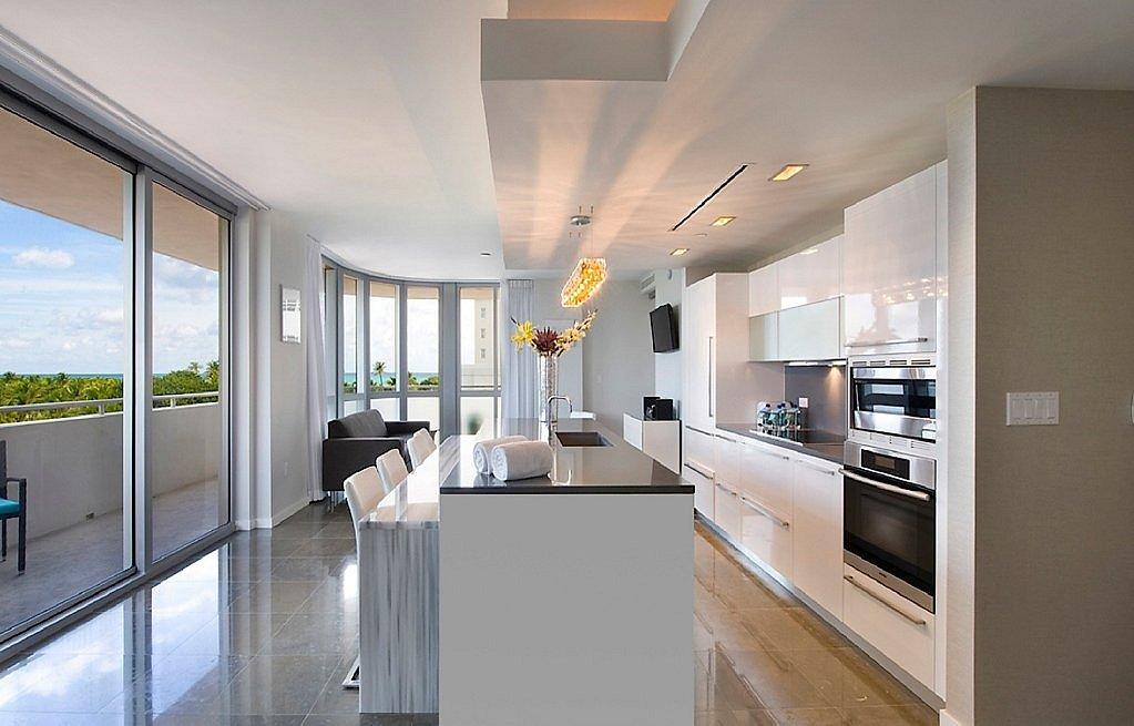 404-Living-Roomlarge1500854569.jpg
